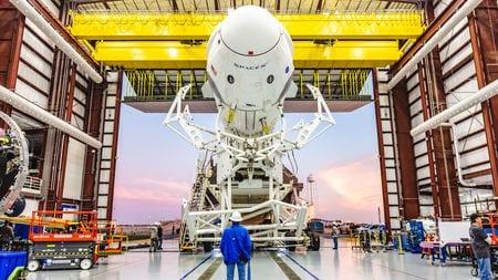 SpaceX now dominates rocket flight, bringing big benefits—and risks—to NASA | Science