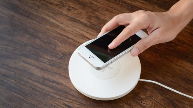 The Real Reason You Shouldn't Rely on Wireless Charging